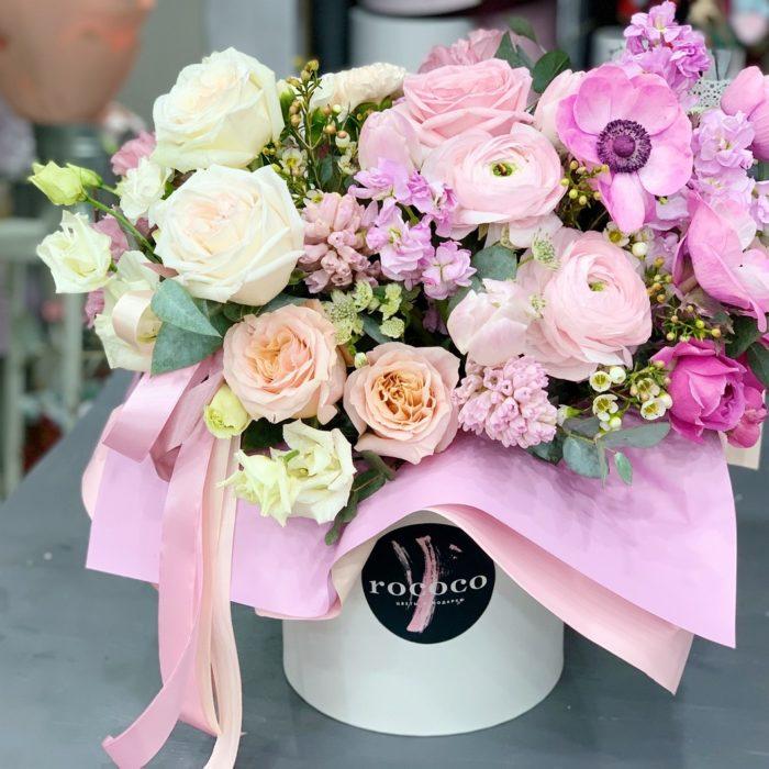 Корзина цветов теплый Март