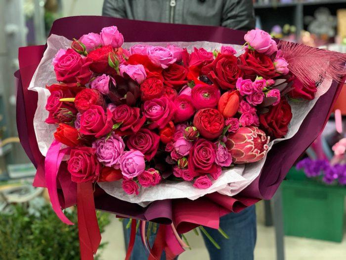 Красивые букеты цветов Адлер
