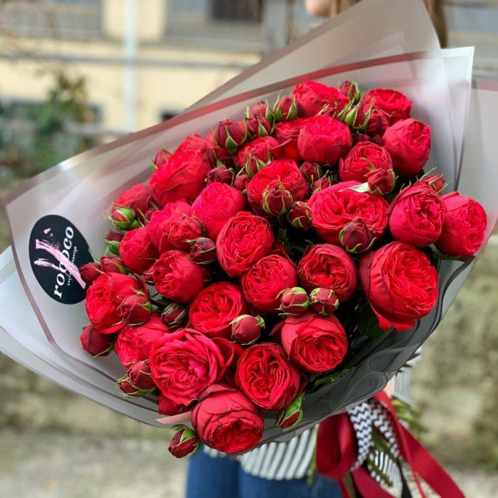 Монобукет из пионовидных роз Red Piano