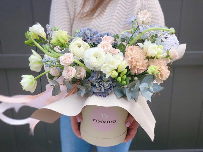 Цветы в корзине Сочи