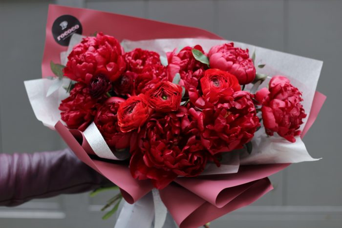 Цветы и букеты Адлер