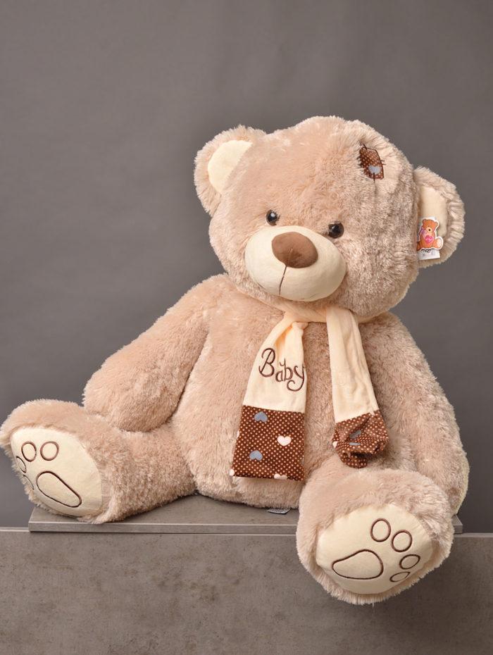 Плюшевый медведь в Сочи