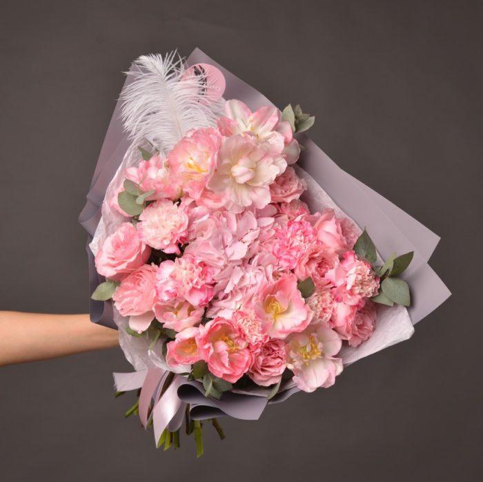 Цветы и букеты Сочи заказать
