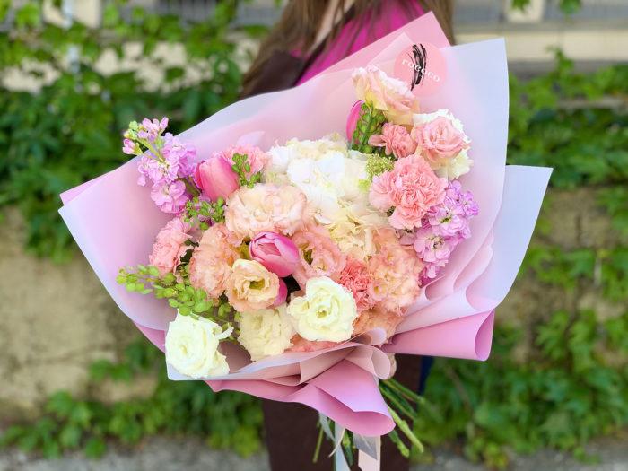 Цветы с доставкой по Адлеру