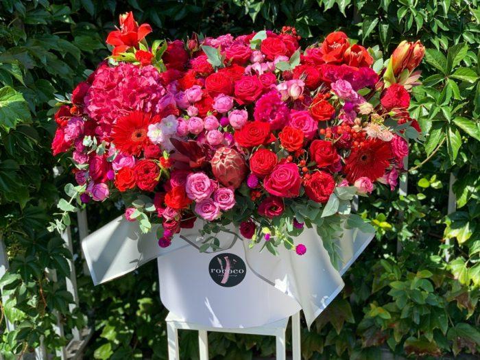 Коробки и корзины цветов Сочи